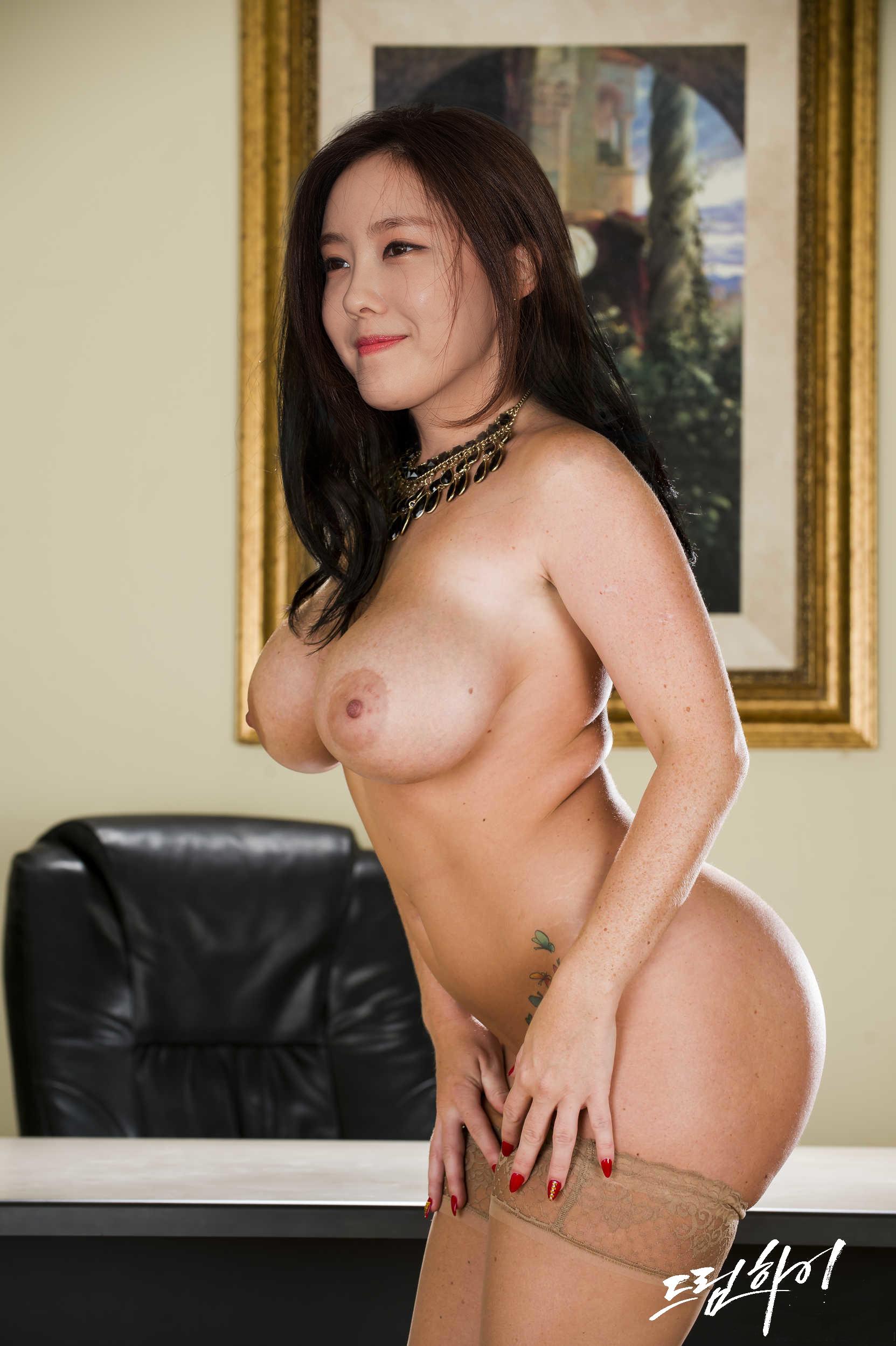 Hyomin nude fake