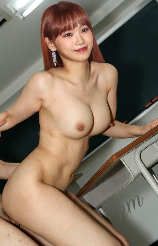 Kim Chaewon nude fake