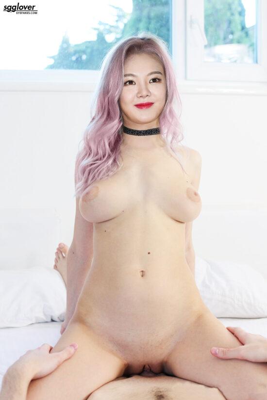 Hyoyeon nude fake