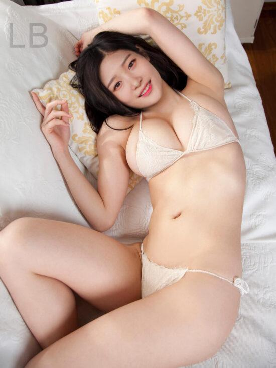 DIA Chaeyeon nude fake