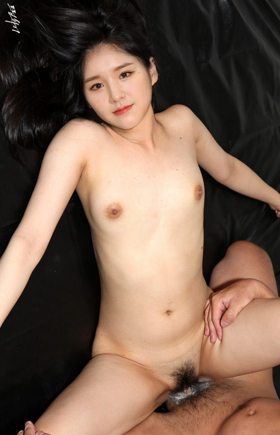 Heejin nude fake